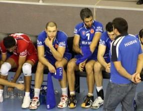 Мартин Стоев и Халкбанк губят от Алмерия за Купата на CEV, Милушев с 16 точки