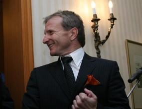 Гриша Ганчев лее 60-годишно уиски