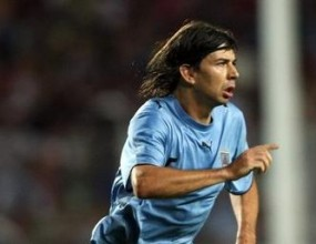 Уругвайски побойник на ПАОК отнесе 3 мача за кроше