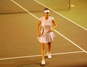 Пиронкова с убедителна победа на старта в Дубай