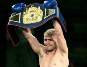 Световният шампион Александър Владимиров прави открит спаринг