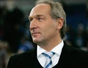 Мениджърът на Шалке Мюлер се съсредоточава над дербито с Борусия (Д)