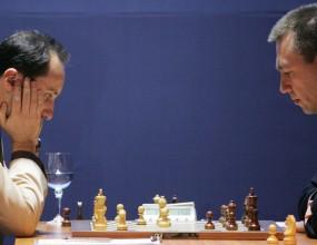 Топалов спечели втората партия срещу Гата Камски