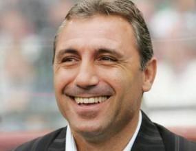 Стоичков: Имам много оферти за треньор