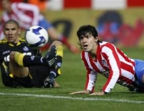 Агуеро пропусна тренировка заради внука на Марадона