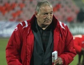 Пенев остава на работа в ЦСКА