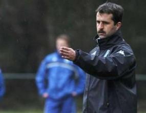 Треньорът на Генк подаде оставка
