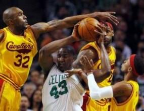 Бостън и Лос Анджелис Лейкърс с победи в НБА