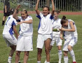 Болярки победи Вихрен в полуфинал на турнира по футбол за жени в Сандански