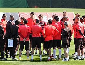 Барса с всички налични футболисти в Алмерия