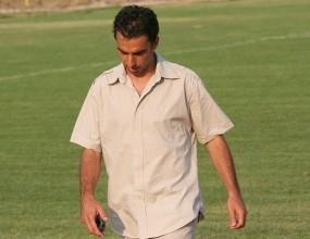 Треньорът на Марица мъмри играчите след победа