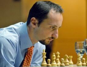 Веселин Топалов дава сеанс срещу 20 любители в Козлодуй