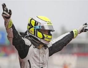 """Двойна победа за БраунGP в Испания, Бътън победи Рубенс на """"Каталуния"""", провал за Ферари"""
