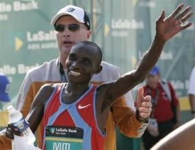 Кениец и рускиня триумфираха на маратона в Прага