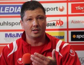 Двама сърби пристигат на проби в ЦСКА