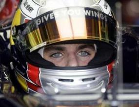 Алгуерсуари щастлив от дебюта си във Формула 1