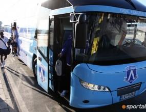 1 полицай пази 15 фенове на Баку - Левски