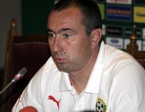 Мъри Стоилов: Черна гора е много силен отбор, паднем ли приключваме