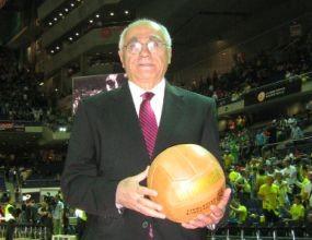 Артеник Арабаджиан влиза в Залата на славата на ФИБА