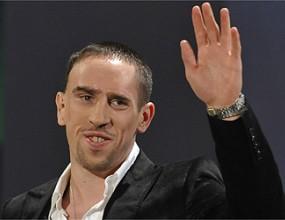 Рибери няма да отиде в Реал и идното лято, увери Румениге