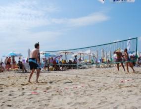 Руснаци и унгарци с титлите на първия турнир по плажен тенис