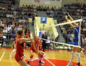 Страши Филипова с 8 точки, Уралочка с втора загуба и последно място в Русия