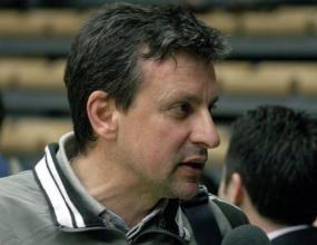 Скандал! Заплашват Любо Герасимов със саморозправа на мач в Пловдив