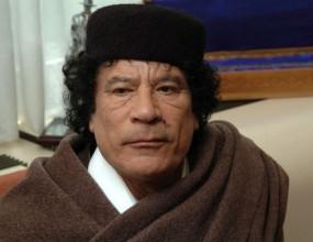 Кадафи ще помирява футболните федерации на Египет и Алжир