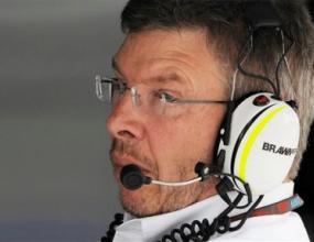 Браун е против идеята на Ферари за три болида