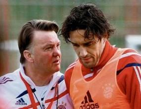 Хьонес ще сдобрява Тони и Ван Гаал