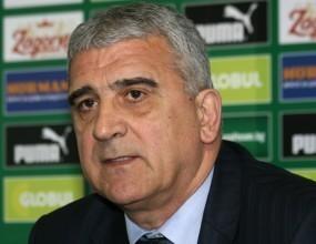 Момиров защити скандалния рефер на дербито Левски - Литекс