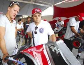 Йос Верстапен: Ф1 се нуждае от Шумахер