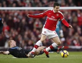 След фиаското срещу Ман Юнайтед - Фабрегас сменя Арсенал с Барса