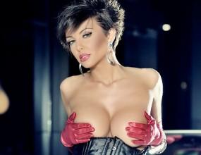 Николета Лозанова: Всичките ми гаджета ме зарязват!