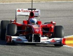 Алонсо подкара F10 пред родна публика