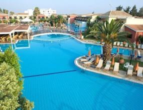 Вижте луксозния хотел на Левски в Кипър (видео и снимки)