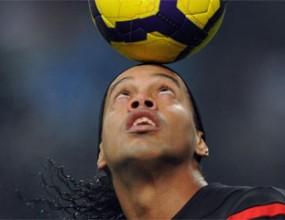 Роналдиньо отрече да се е вихрил преди мача с Интер