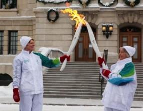 Олимпийският огън пристигна в градчето Уистлър