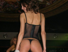 Лекоатлетка спечели конкурс за най-секси дупе