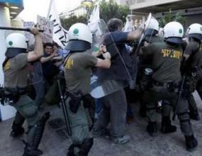 Икономически колапс и насилие задушават гръцкия спорт