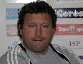"""Славия изхвърли Вили Вуцов, Кокала е новият треньор на """"белите"""""""