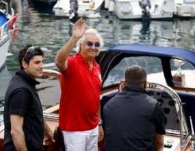 Полицията конфискува яхтата на Бриаторе
