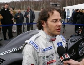 Вилньов прави последен напън за върщане във Формула 1 през 2011 г.