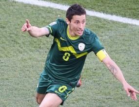 Капитанът на Словения стана играч на мача