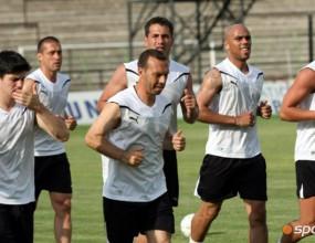 Само девет тренират със Славия