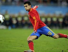 Ограбиха Педро и Бускетс по време на мача с Германия