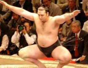 Котоошу стартира срещу Асасекирю на турнира в Нагоя