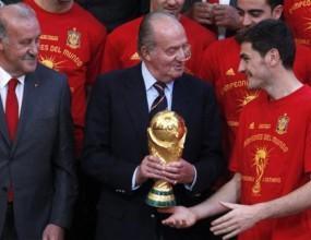 Кралят и премиерът приеха испанските национали в Мадрид