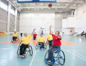Баскетбол на колела по пътя към успеха