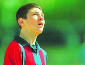 Лео Меси - 10 години в Барса (видео)